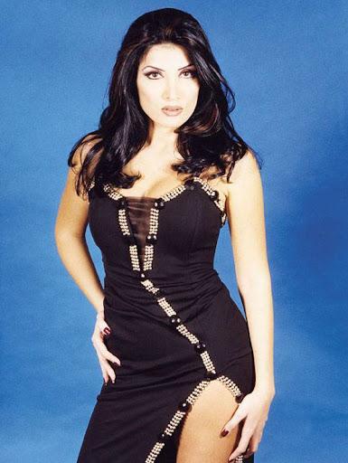 Arab Model Lamia Alhachem without makeup