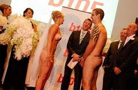 фото голых свадьба