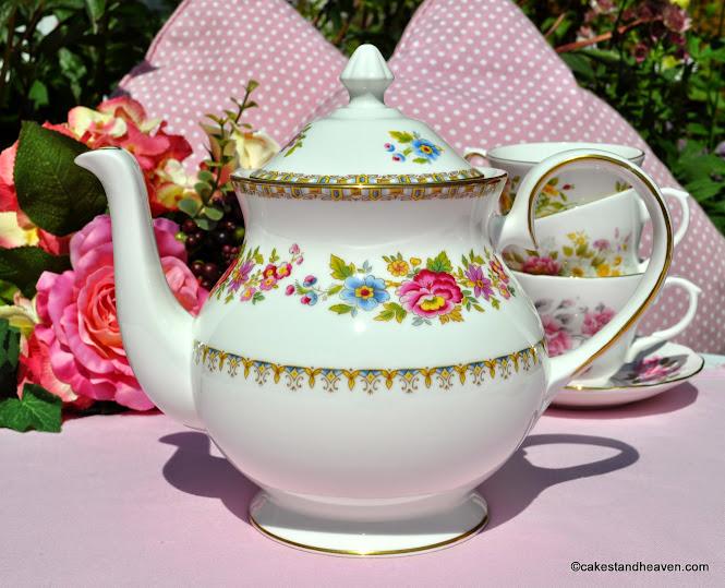 Royal Grafton Malvern Fine Bone China Teapot