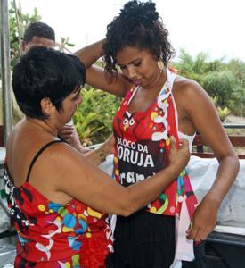 Criatividade Impulsiona Vendas De Camisetas De Bloco Carnavalesco Em
