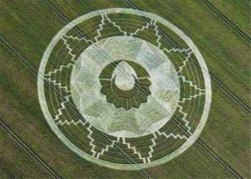 Ufo Crop Circles Wiltshire Ablaze With Ufo Sightings And Crop Circles Ufo News