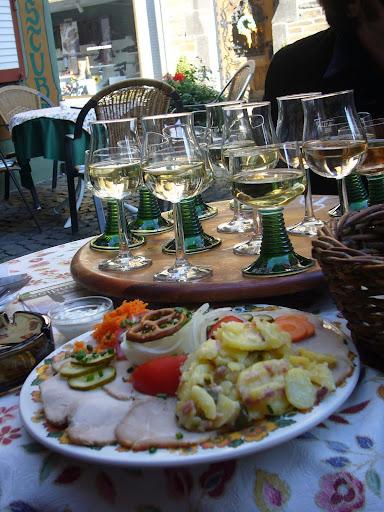 carrusel de vinos en Bacharach