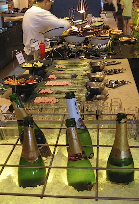 champagne at Spiral's breakfast buffet