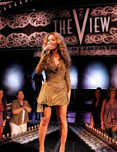 Beyonce Performs on The View