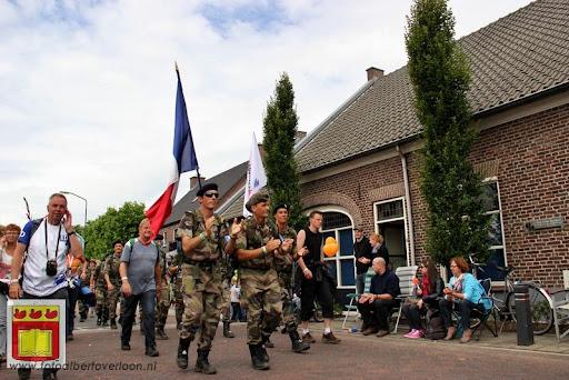 Vierdaagse van Nijmegen door Cuijk 20-07-2012 (71).JPG