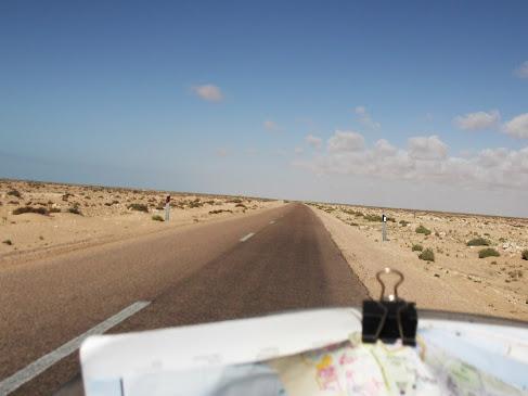 Marrocos e Mauritãnia a Queimar Pneu e Gasolina - Página 9 DSCF1008