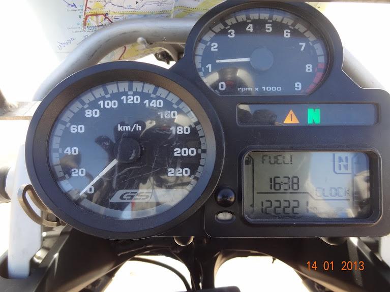 Marrocos e Mauritãnia a Queimar Pneu e Gasolina - Página 5 DSC05854