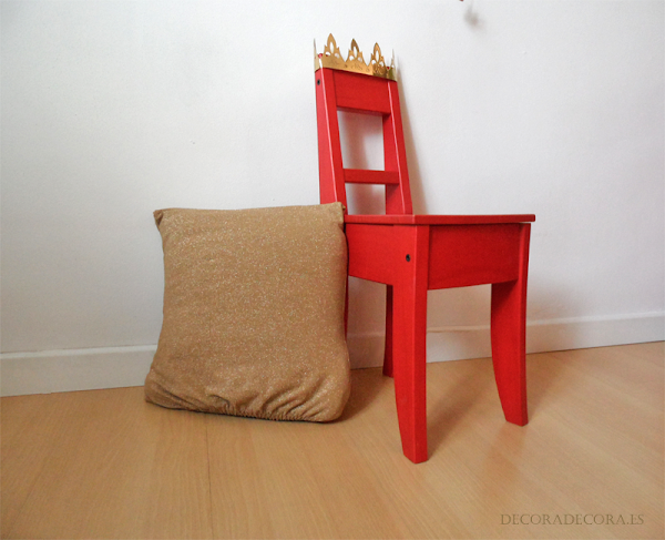 Silla de rey para decorar un dormitorio infantil