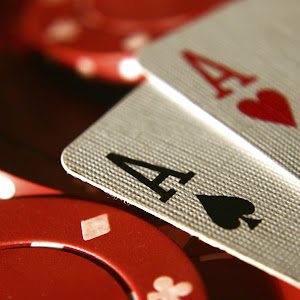 Who is online-poker-room?
