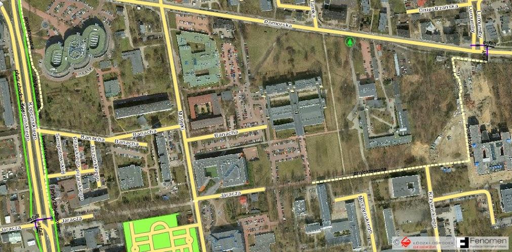 Przerywana linia to DDR idąca przez środek kampusu. Resztę drogi będzie można przebyć po istniejącej wewnętrznej drodze w śladzie ul. Jaracza.
