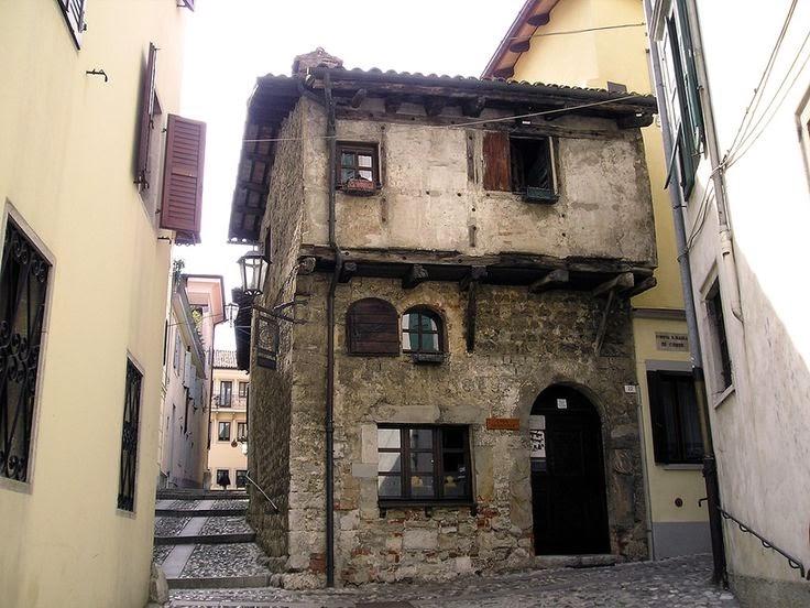 A casa dos ourives do século XIV