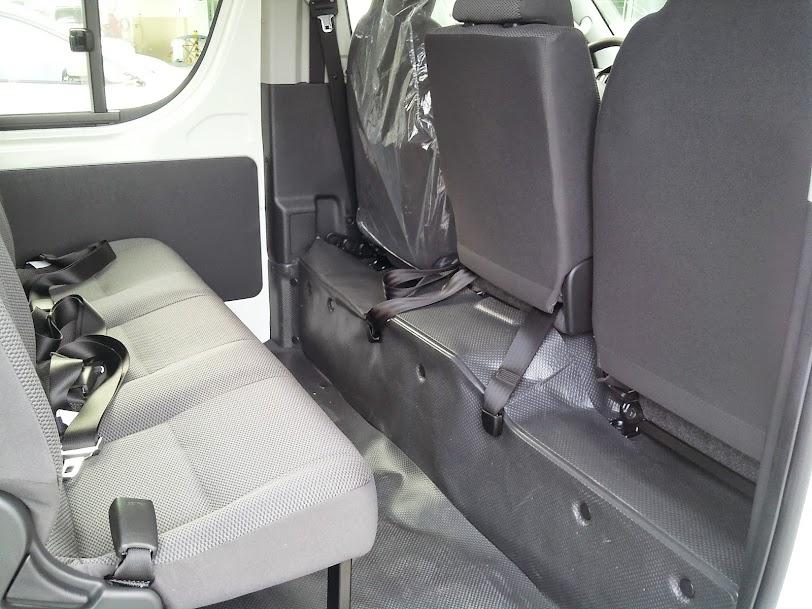 Toyota Hiace 2014 Máy Dầu - Giá Xe Toyota Hiace Mới 6
