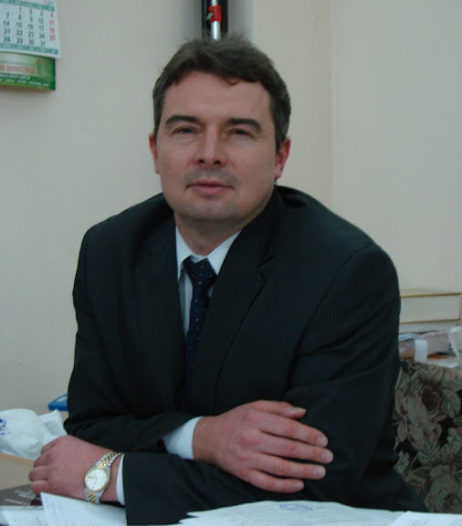 Якубовський Сергій Олексійович - кандидат економічних наук, професор, завідувач кафедри світового господарства і міжнародних економічних відносин