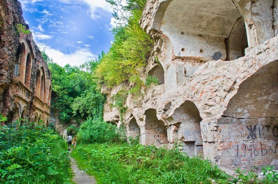 Таракановский форт, InGreen