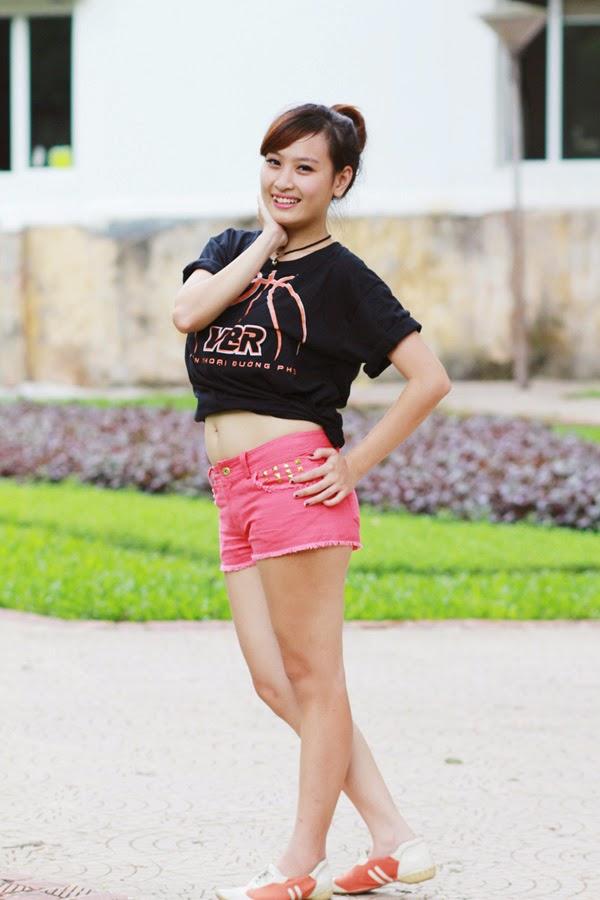 Thí sinh Miss Bóng Rổ khoe sắc tại công viên 8
