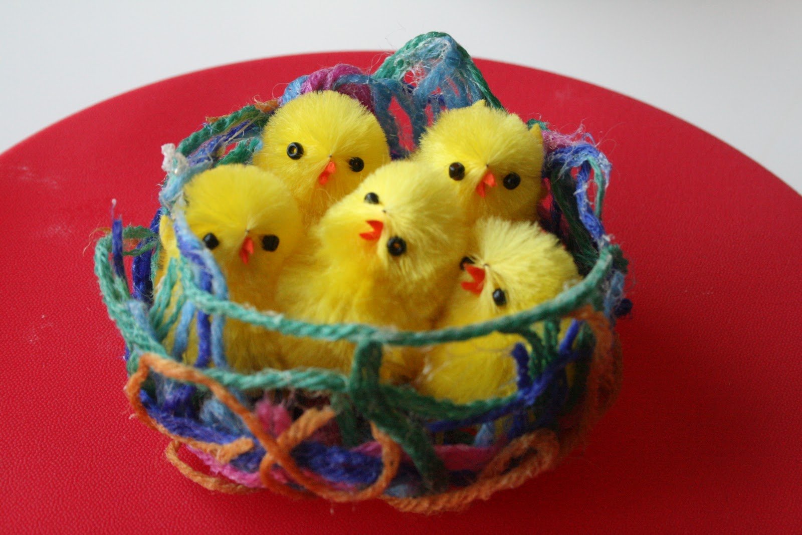 Wool and glue birdie nest the imagination tree for Craft with woolen thread
