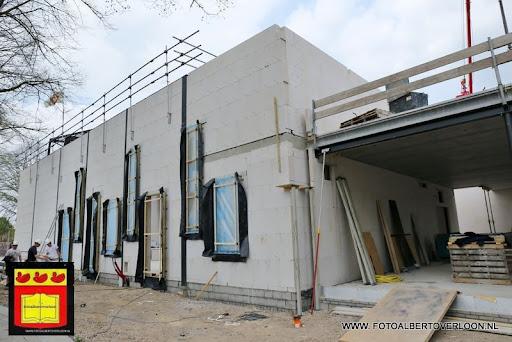 gemeenschapshuis  heeft zijn hoogste punt bereikt overloon 03-05-2013 (1).JPG