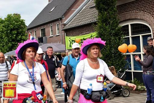 Vierdaagse van Nijmegen door Cuijk 20-07-2012 (61).JPG