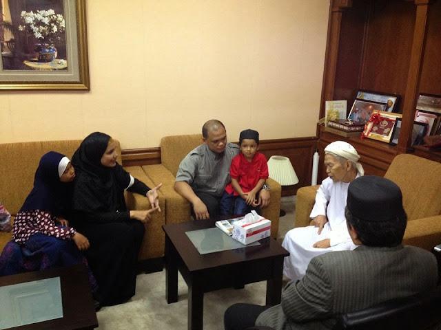Tok Guru Nik Aziz Tanya Isu Wardina-Ustaz Don