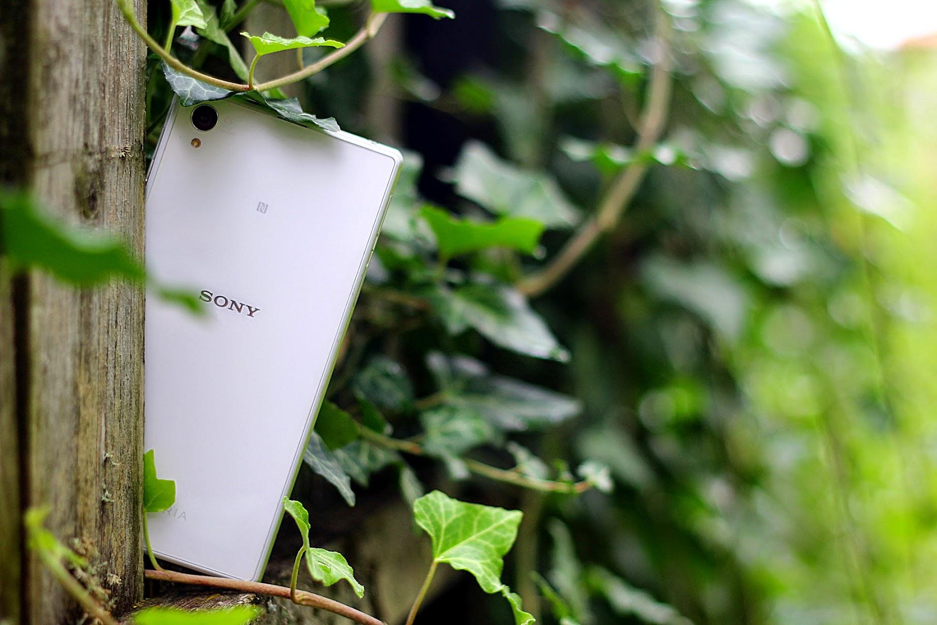 Sony Xperia Z1, Sony SmartBand