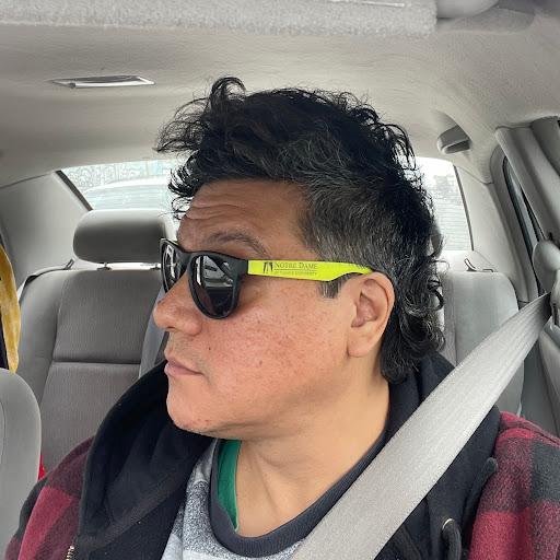 Ricky Ybarra Photo 9