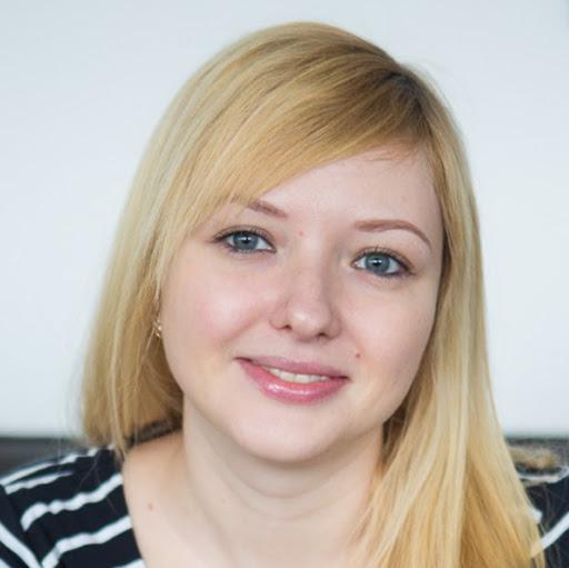 Лиза Фролова