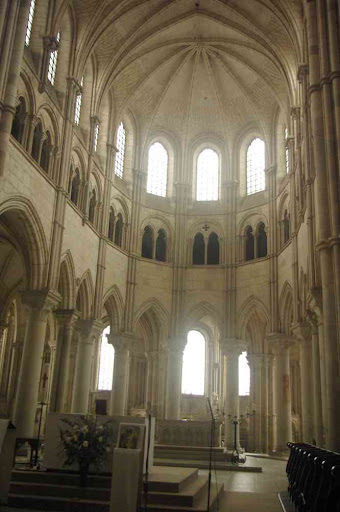 Vézelay : basilique Sainte-Marie-Madeleine (le chœur)