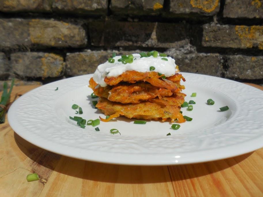 Healthy Breakfast Recipes: Paleo Carrot Latkes by Welcome to Mommyhood #HealthyBreakfastRecipes, #paleo, #latkes