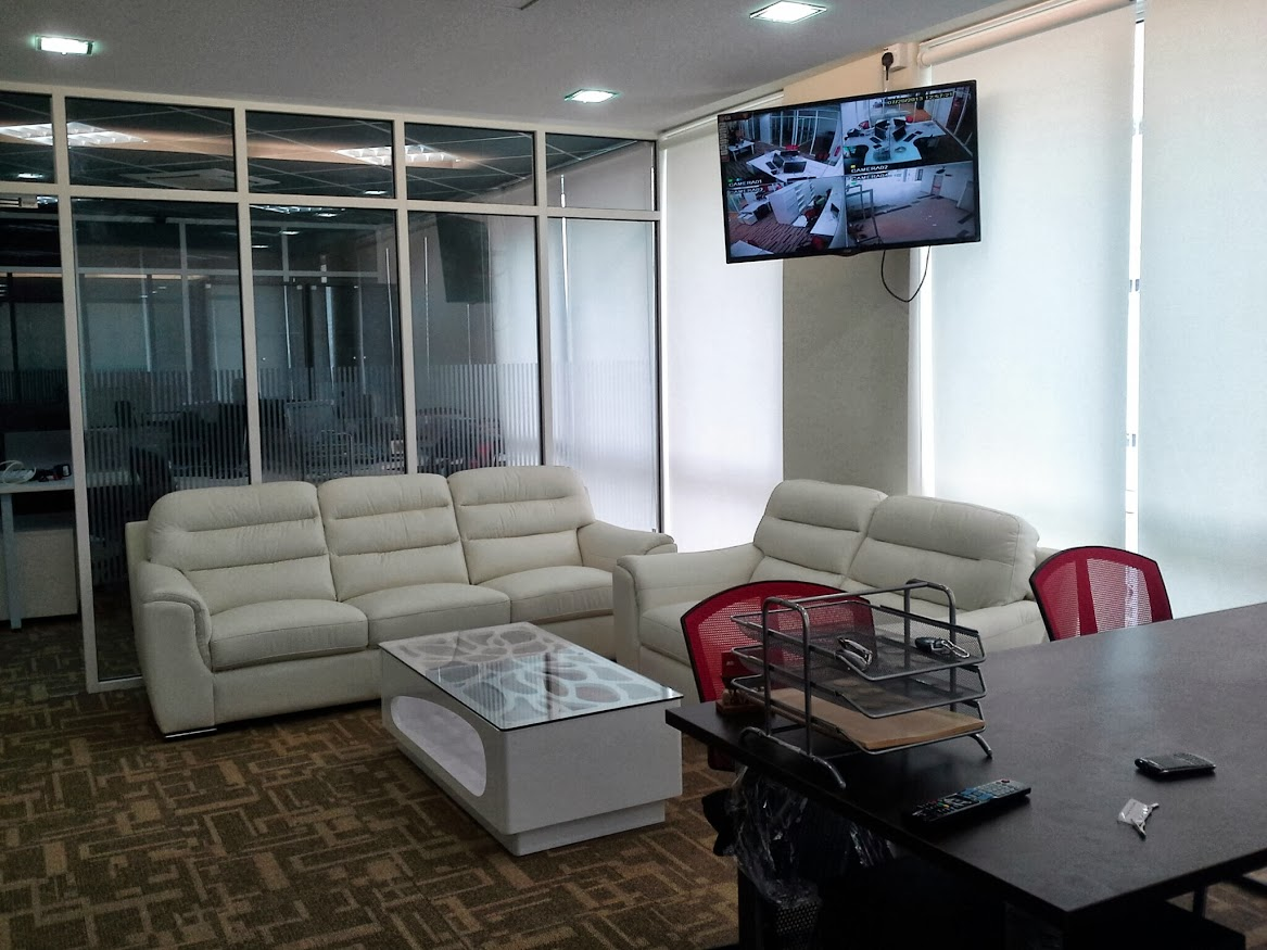 MD room seating area