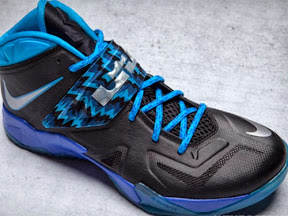 timeline 130724 shoe soldier7 blue 2012 13 Timeline