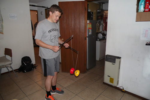 we like to play with toys a lot when we get the chance =P haha this is a diabolo