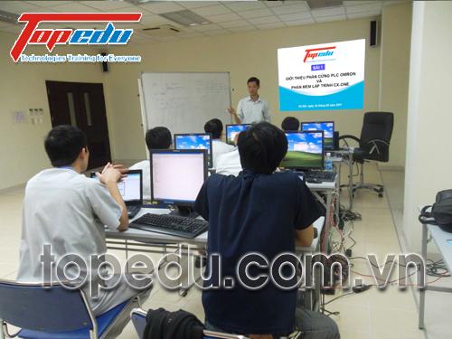 TopEdu ký hợp đồng đào tạo với công ty TNHH Molex Việt Nam