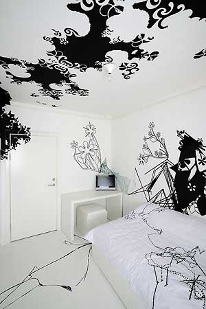 With Black Wall Decorating Ideas Black