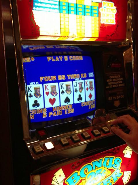 Video Poker Upright Quad Kings
