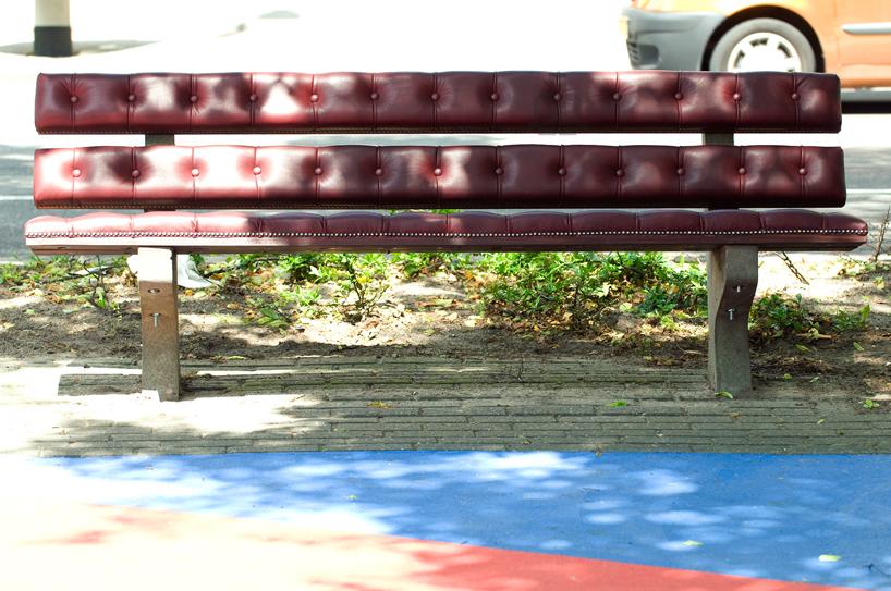 *公園裡的皮革古董長凳:切斯特菲爾德Chesterfield park bench! 8