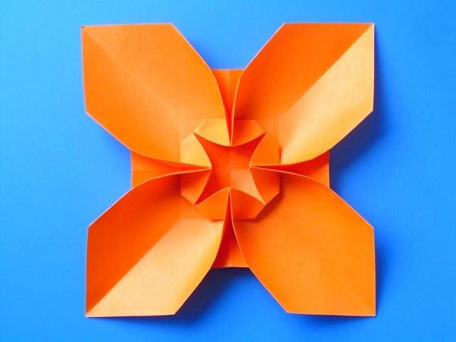 Origami foto Fiore quadrato, variante 2 - Square Flower, variant 2 by Francesco Guarnieri