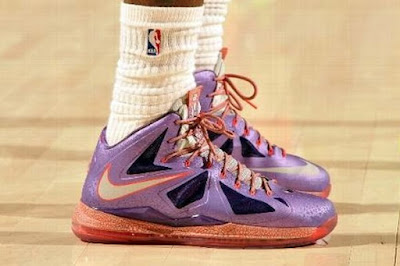 nike lebron 10 pe allstar galaxy 1 02 Closer Look at King James Nike LeBron X Allstar Shoes