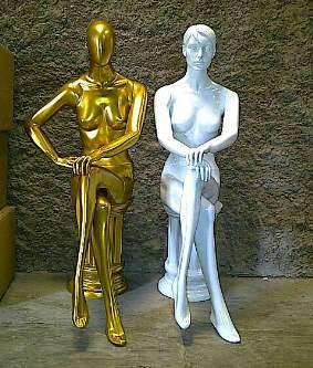 patung Pakaian