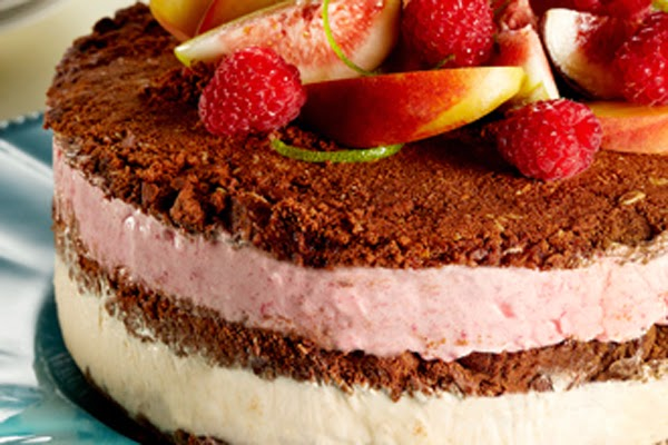 Torta de Frutas e Sorvete