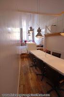 Lạ mắt phòng bếp có nội thất treo lơ lửng đầy nghệ thuật - Thi công nội thất