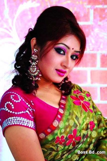 Bangladeshi Actress Racy