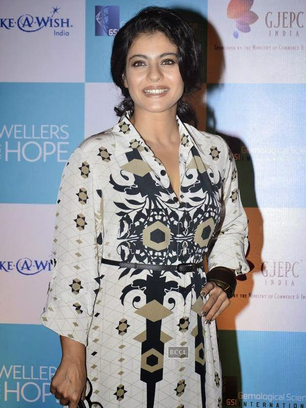 Kajol was spotted in a maxi dress by Payal Singhal during the event. (Pic: Viral Bhayani)