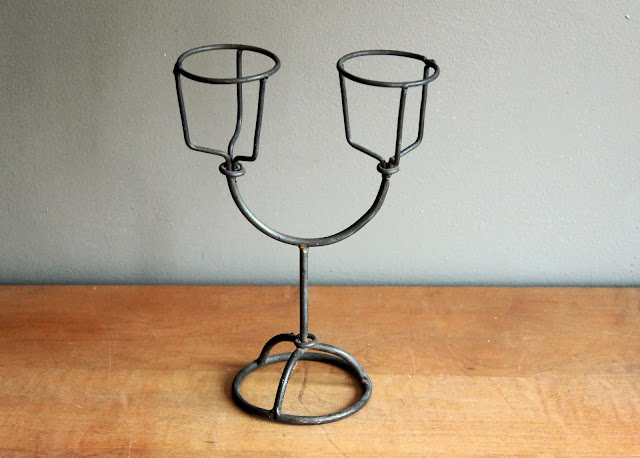 Wire candleabra available for rent from www.momentarilyyours.com
