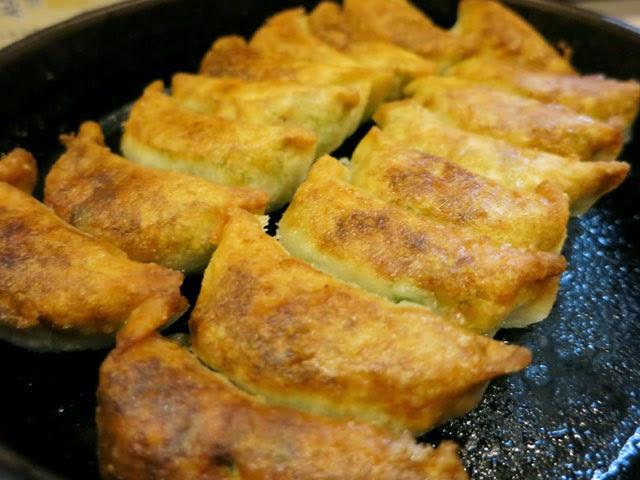 博多祇園鉄なべ餃子