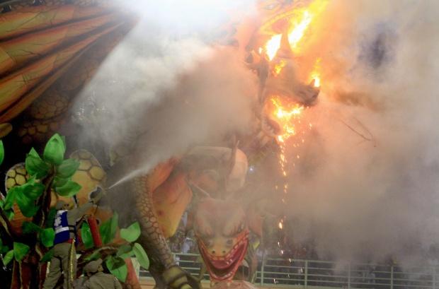 A GRANDE FESTA CABOCLA DA SELVA AMAZÔNICA 2011 !!! - Página 2 Manaus2
