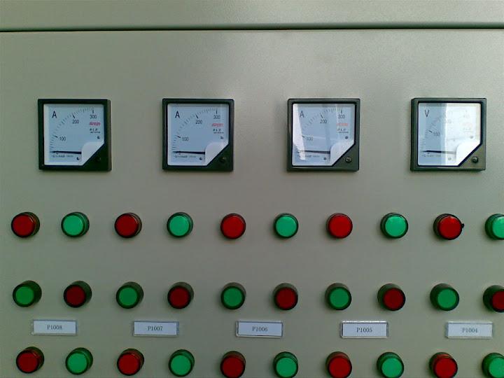 配电门板正面启停按钮和指示灯图