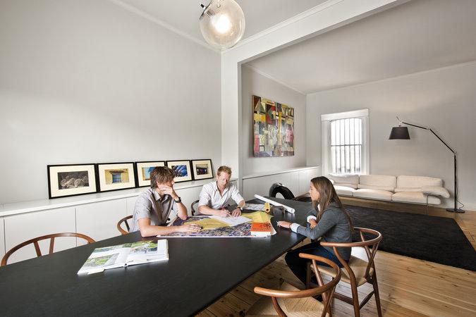 Един изчистен и натурален офис в Австралия