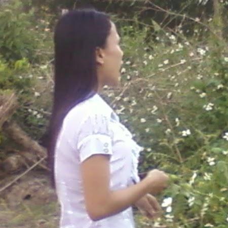Hanh Ta Photo 15
