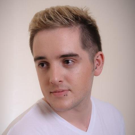 Darren Farrell Photo 16