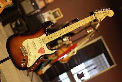 Fender American Special Strat SB RM3800